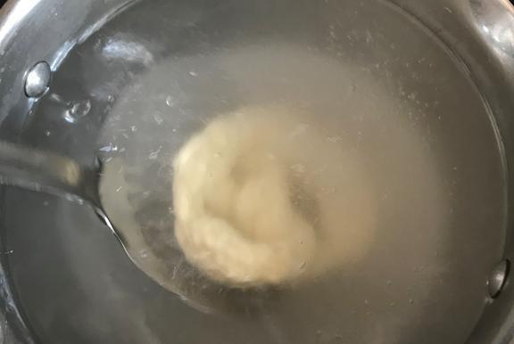 Содовая ванна для брецеля